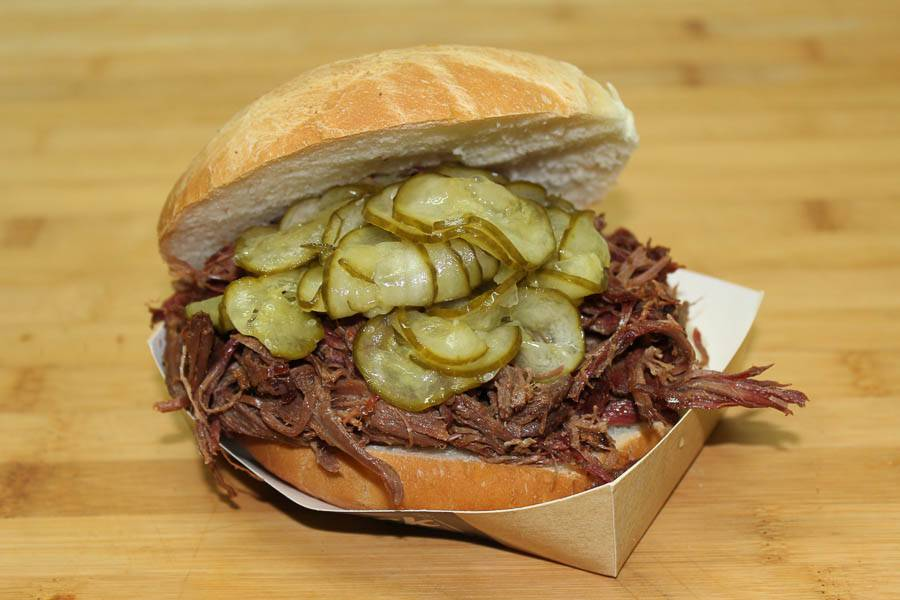 Pulled Beef Classic Burger
